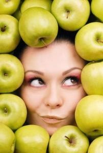 Применение яблок в косметологии