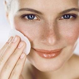 Очистка жирной кожи