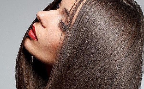 Шелковое глазирование волос