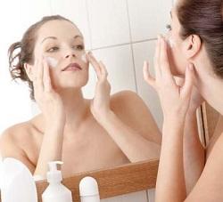 Очистка кожи от макияжа