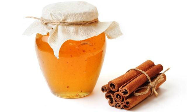 Мёд и корица для осветления волос