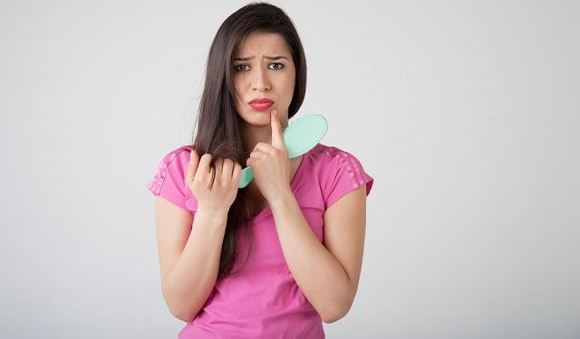 Потеря волос у женщин
