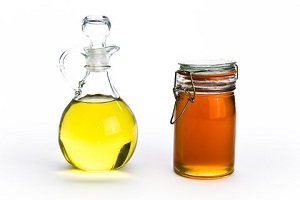 Мед и масло оливы