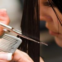 Когда стричь волосы в апреле?