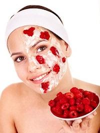 Малиновая маска для лица
