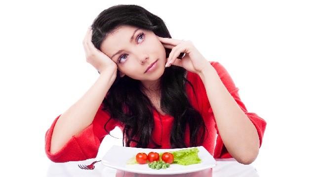 Топ 7 вредных продуктов для кожи лица
